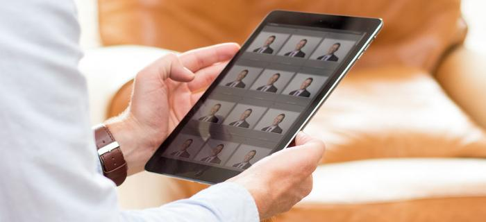 Photography shoot images on tablet device