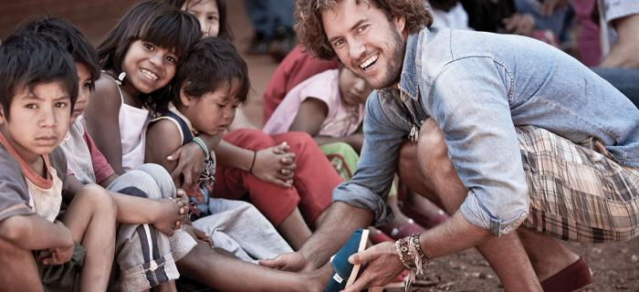 Toms Giving Shoes to Under-Privileged Children